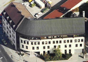Betriebsgebäude München, Ausführungsart: Kupferblechdach-Doppelstehfalzdeckung
