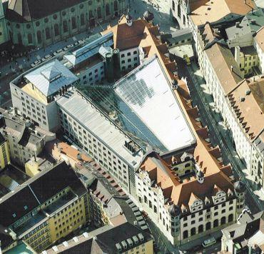 STADSPARKASSE Hauptstelle München - Im Tal, Ausführungsart: Bieberschwanzziegel/Spengler/Deckmalschutz