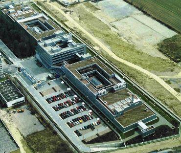 ALLIANZ Betriebsgebäude Unterföhring, Ausführungsart: Foamglas/Bitumenabdichtung/Dachbegrünung